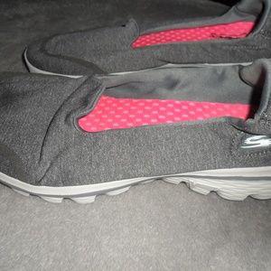 Skecther  slip on sneaker